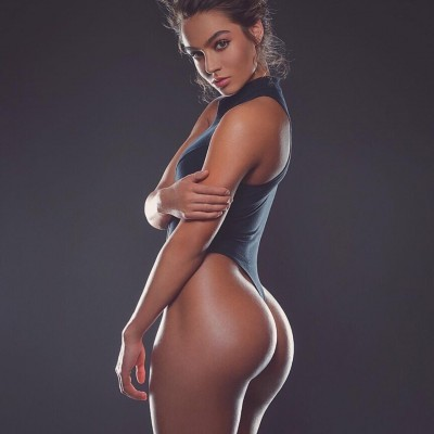 Sommer Ray Sexy Photos