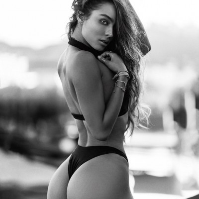 Sexy Sommer Ray