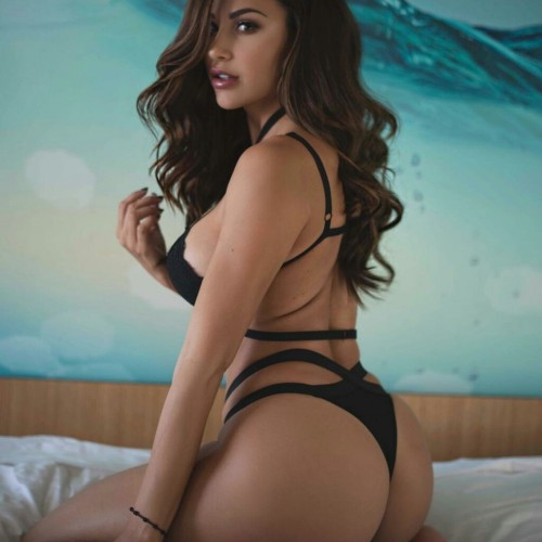 AnaCheri's avatar